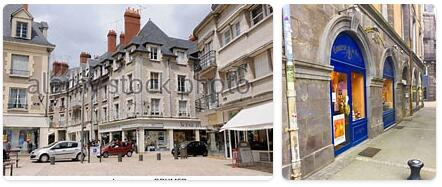Shopping in Loire Valley, France